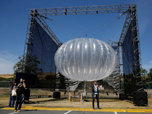 Google internet balloon uses AI to stay in place for weeks