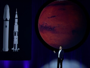 Elon Musk's grand plan to colonize Mars