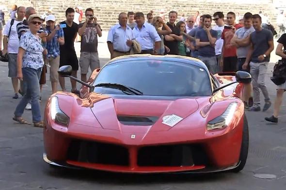 Video: LaFerraris assemble in Rome
