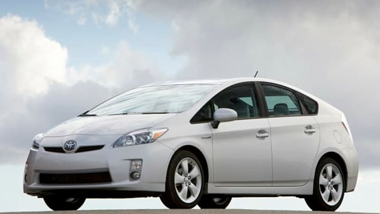 Toyota must go to trial over unintended acceleration suits