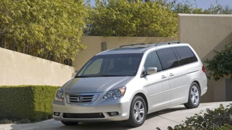 Honda recalling nearly 900,000 Odyssey minivans over fire fear