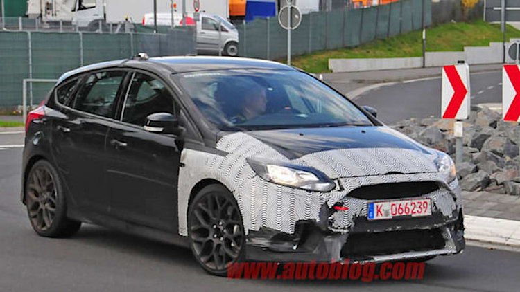 Ford Focus RS ready to make our hot hatch dreams real