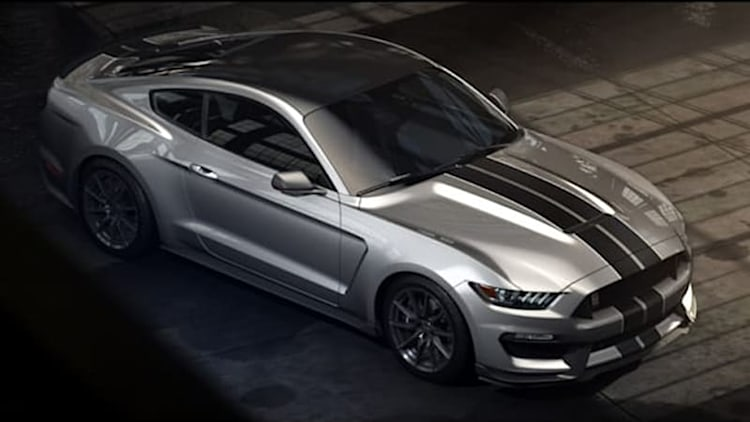 Ford Shelby GT350 Mustang is a track-day weapon with 500+ hp [w/video]