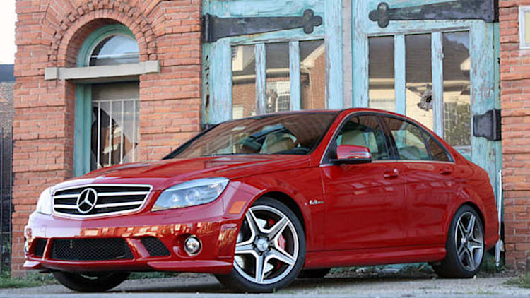 Mercedes recalling 284k C-Class models for taillight failure [UPDATE]