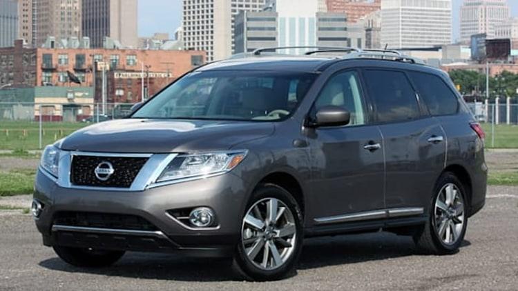 2013 Nissan Pathfinder: June 2013