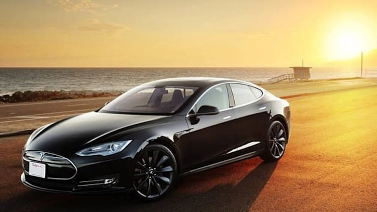 Tesla Model S gets 'recommended' Consumer Reports rating; Prius V, Ford hybrids not so much