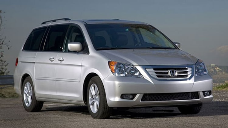 Honda Recalling 900,000 Odyssey Minivans