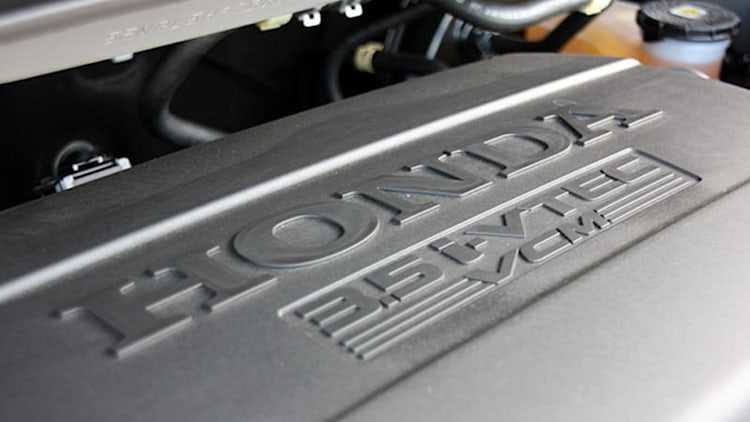 Honda settles class-action lawsuit over oil-burning V6s