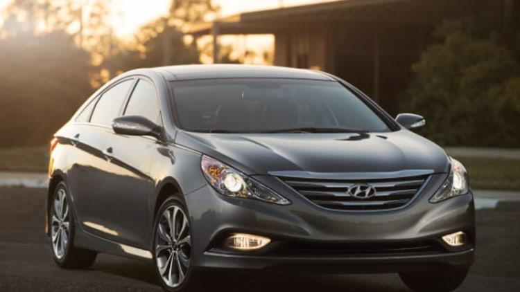 Hyundai ups price of 2014 Sonata Hybrid slightly to $26,000