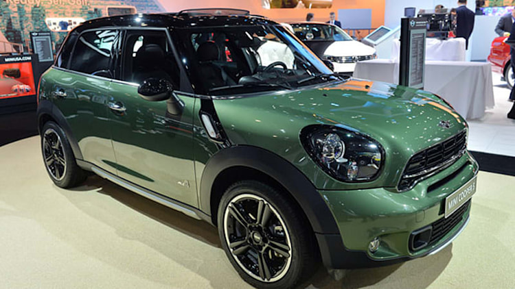 Mini lifts veil on refreshed Countryman in New York