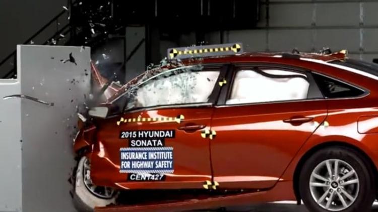 Watch the 2015 Hyundai Sonata crash its way to an IIHS Top Safety Pick+ rating