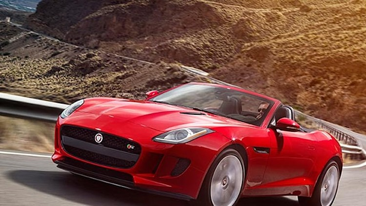 2016 Jaguar F-Type debuts available manual transmission, AWD [w/video]