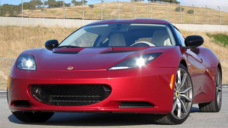 Lotus readying Evora crossover?!