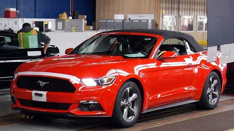 2015 Ford Mustang Convertible ships in time for holiday gift giving