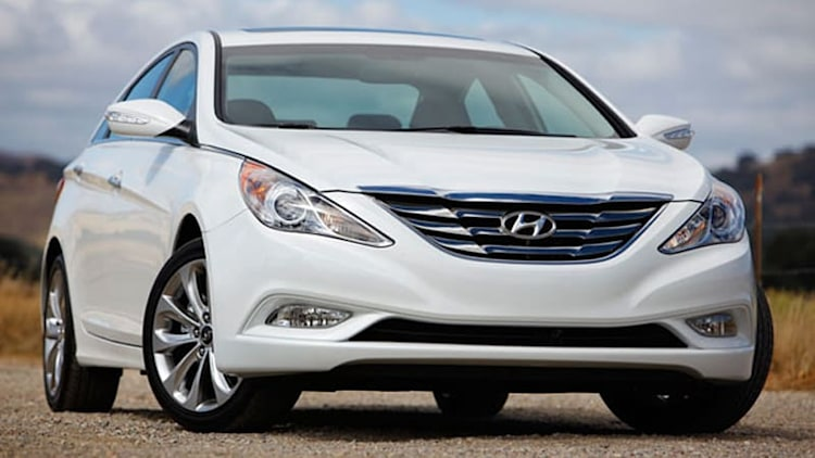 Hyundai and Kia recalling 1.6M more models for faulty brake switch