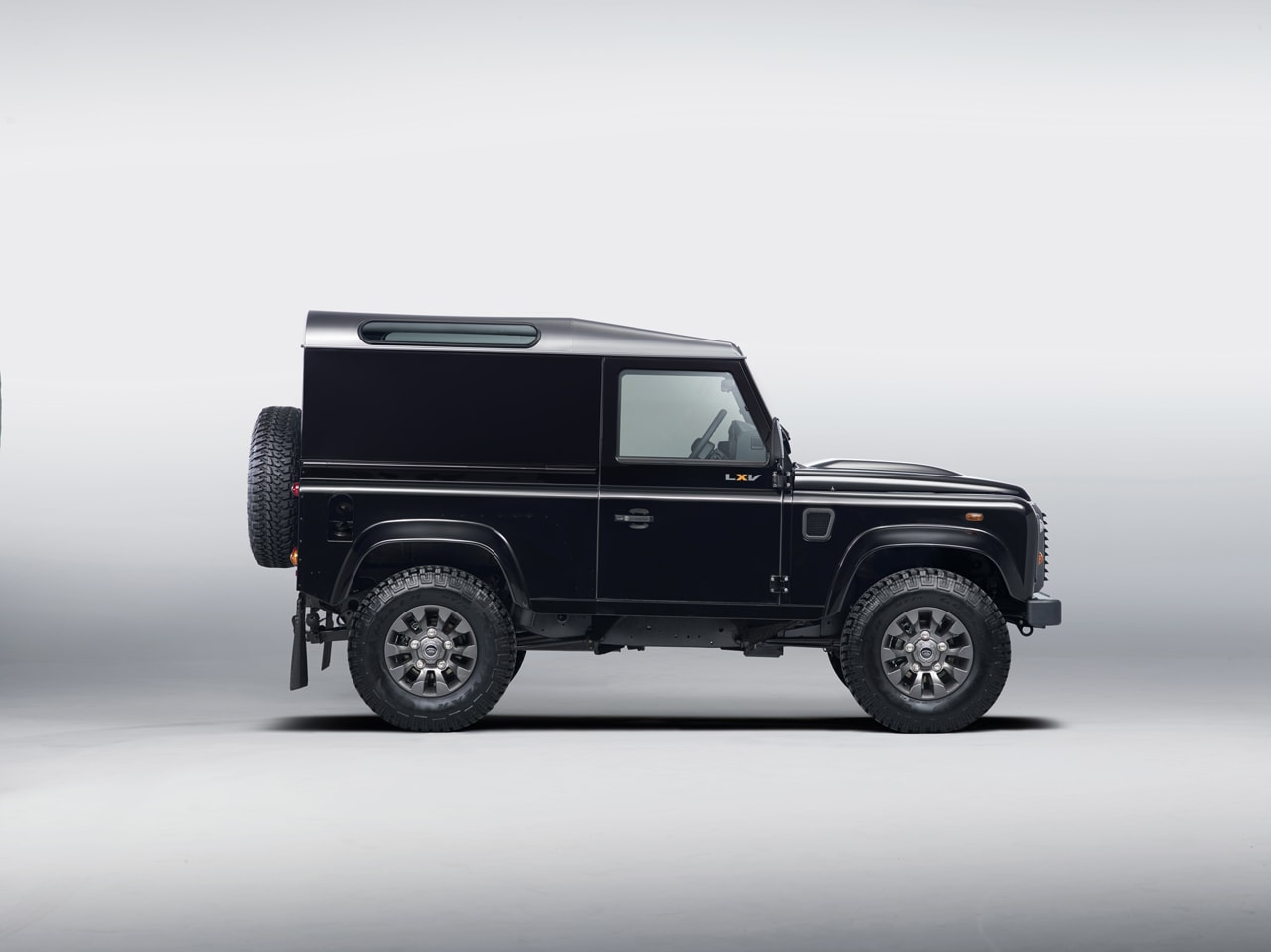 2013 Land Rover LXV Defender SE Photos