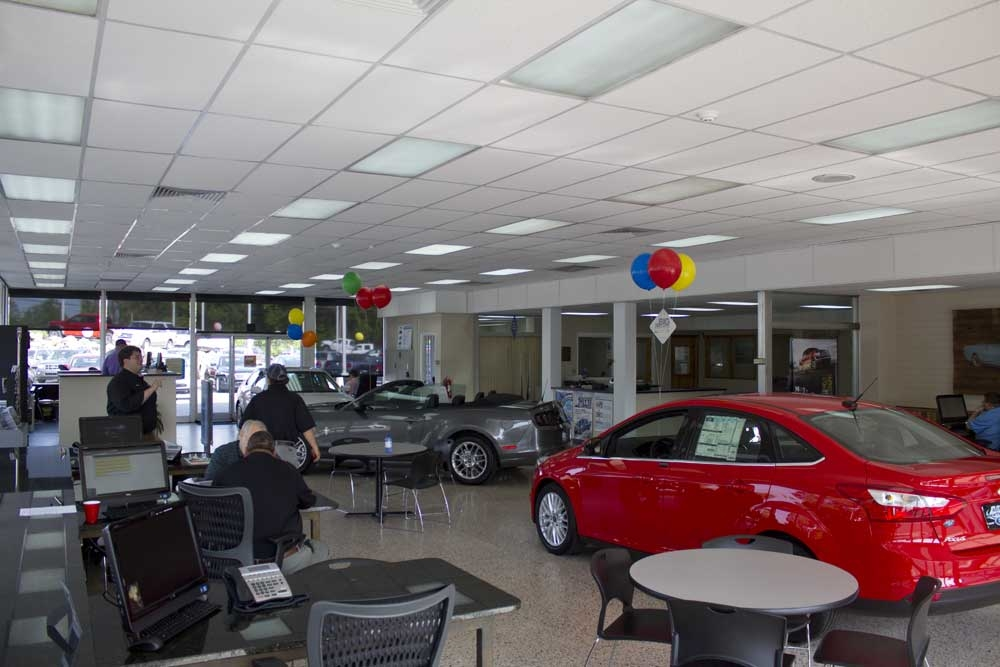 Keith Hawthorne Ford of Belmont Showroom