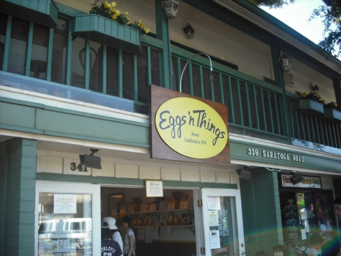 Best Breakfast Restaurant in Honolulu, Oahu - Eggs 'n Things