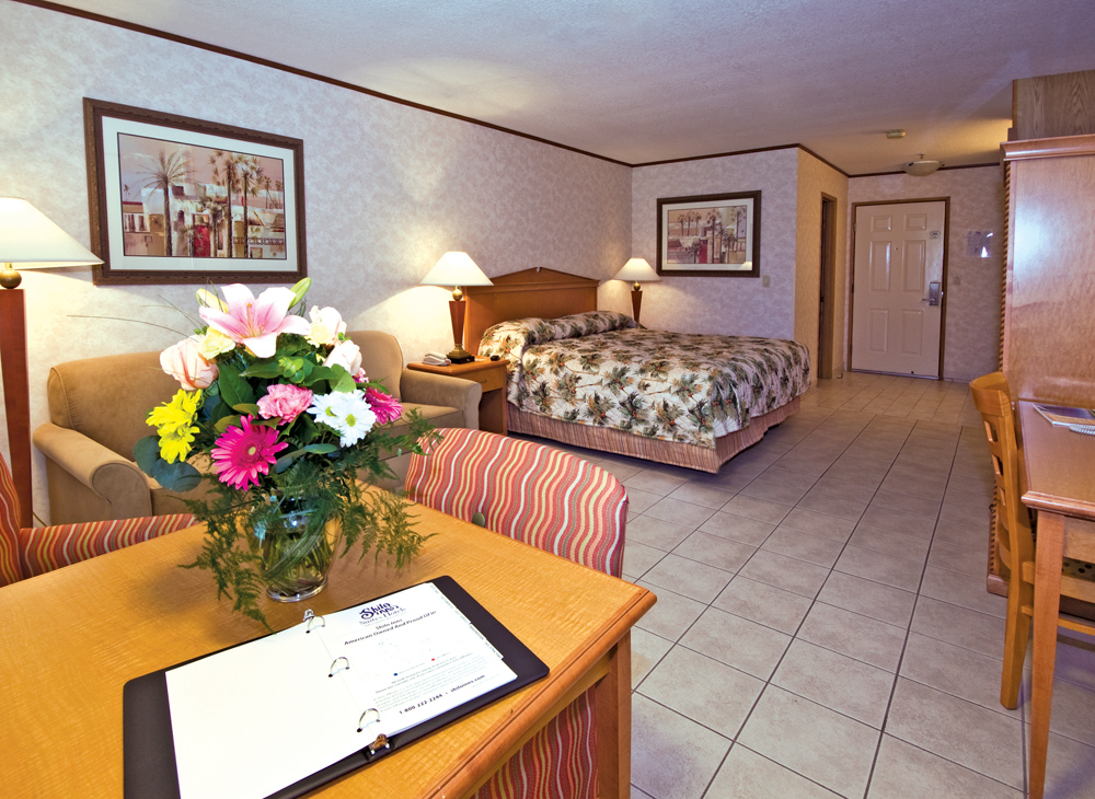 Shilo Inns Palm Springs King Suite