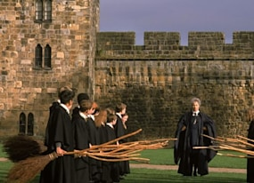 transformers the last knight is filming at hogwarts