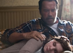 arnold schwarzenegger protects his zombie daughter in the maggie trailer