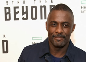 idris elba says he s not in talks for james bond thinks he s too old