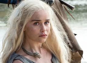 emilia clarke shares game of thrones set photo season 7 tease