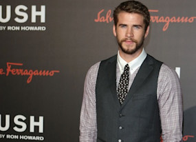 rush world premiere liam hemsworth supports big brother chris in london photos