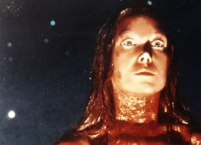 strange and disturbing a movie virgin watches carrie for the first time