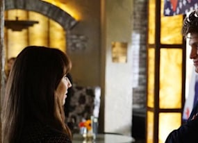 pretty little liars season 6 episode 14 recap er is aria s dad a