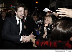 new moon premiere in los angeles