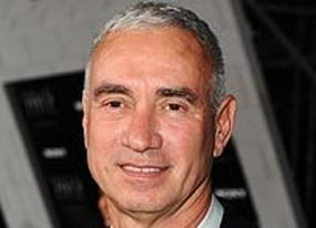 roland emmerich considering two independence day sequels