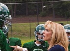 and the oscar buzz goes to sandra bullock for the blind side