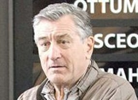 robert de niro shows his really soft side in everybody s fine