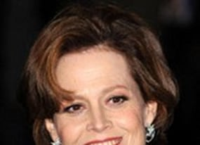 sigourney weaver spills ghostbusters 3 spoilers