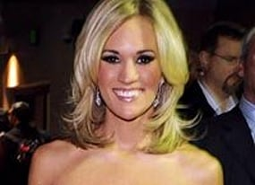 carrie underwood headed to the big screen