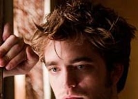 robert pattinson remember me co stars answer fans in exclusive video interviews