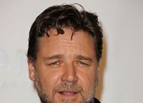 russell crowe to star in movie version of 80s tv show the equalizer