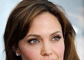 make love not war angelina jolie planning bosnian war love story