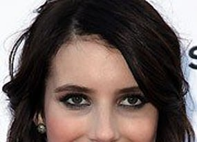emma roberts on scream 4 and how legally blonde almost inspired her to become a lawyer