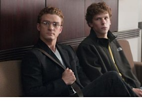 the social network awarded top prize by l a film critics