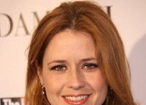first look at jenna fischer in a little help
