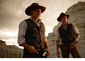 moviefone mash cowboys and aliens video