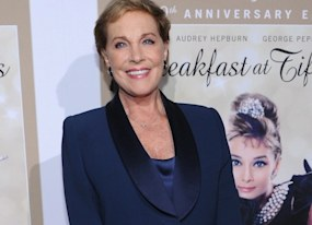 at 50th anniversary screening of breakfast at tiffany s julie andrews says holly golightly was no heavy hooker