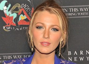 blake lively channing tatum and jude law reportedly aboard steven soderbergh s next film