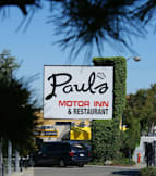 Paul&#039;s Motor Inn - Victoria, Canada - 