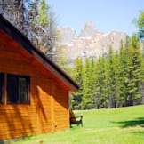 Castle Mountain Chalets - Banff, Canada -