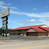 Broken Bow Inn - Broken Bow, Oklahoma -