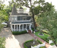 Sara's Bed & Breakfast - Houston, Texas -