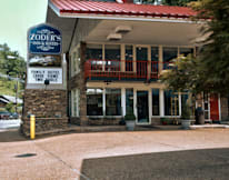 Zoder's Inn & Suites - Gatlinburg, Tennessee -